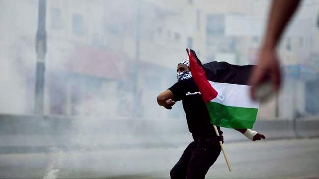 Bentrokan Juga Berkobar di Gaza, Pasukan Zionis Tembaki Langsung Para Pengunjuk Rasa