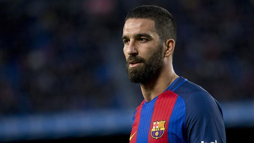 Gelandang Tengah Klub Barcelona Turut Kecam Keputusan Donald Trump