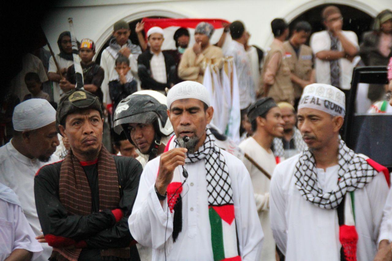 FUI Bima Kecam Disertasi Abdul Aziz yang Halalkan Zina