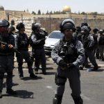 Pasukan Zionis Tahan 3 Warga Turki yang Coba Lakukan Shalat Jumat di Al Aqsha