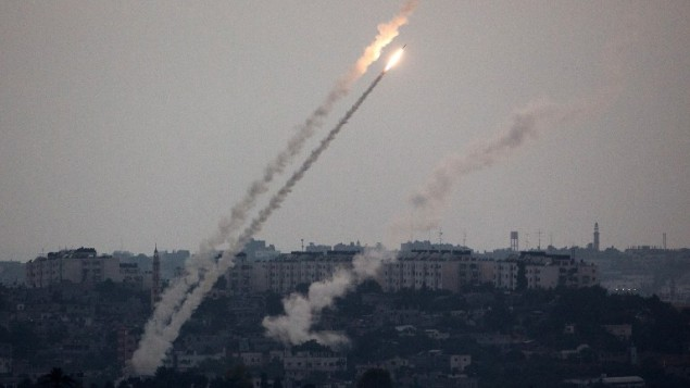 Zionis Luncurkan Serangan Udara Terbesar setelah Puluhan Roket Hamas Hantam Israel