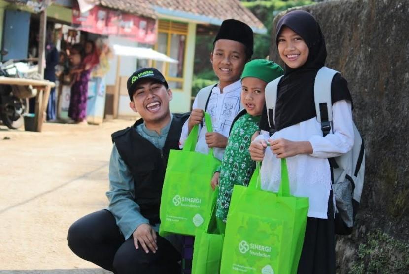 Sepanjang 2017, Sinergi Foundation Salurkan Bantuan untuk 351.917 Penerima Manfaat