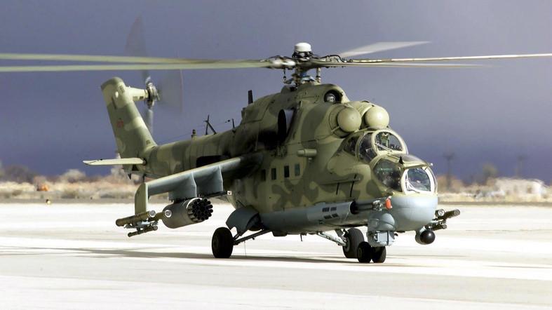 Helikopter Tempur Mi-24 Rusia Tersangkut Kabel Listrik, Seluruh Awak Pesawat Tewas