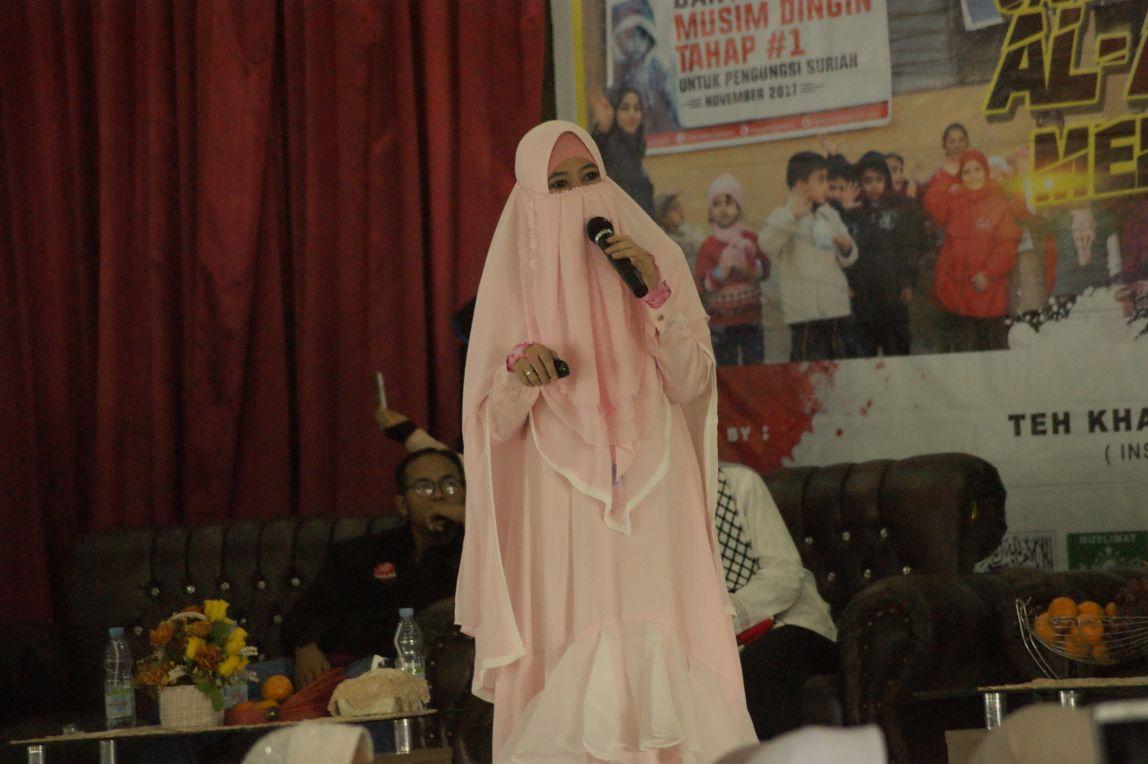 Gandeng Syam Organizer, Komunitas Muslimah Bima Peduli Hadirkan Peggy Galang Dana untuk Palestina