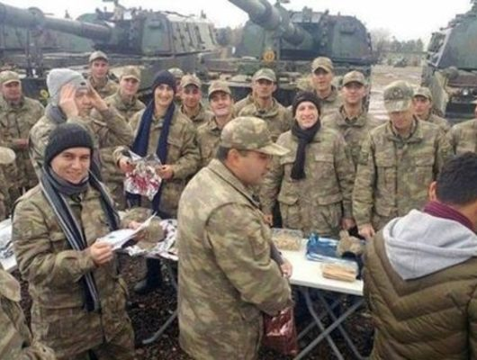 Ratusan Warga Irak akan Bergabung dengan Operasi Militer Turki di Suriah