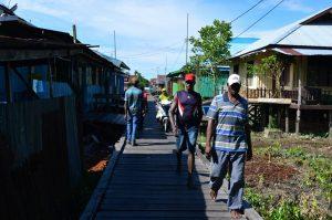 Catatan dari Asmat (3) : Suasana Malam hingga Jalanan dari Kayu