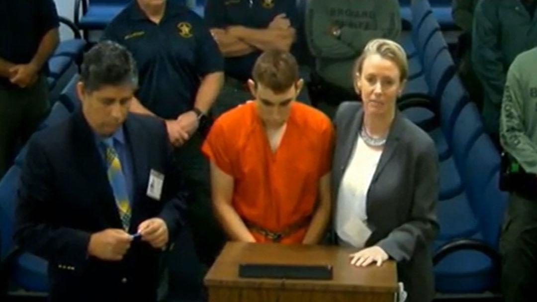 Dengan Senjata Otomatis, Koboy Sekolah AS Ini Terkena 17 Tuduhan Pembunuhan