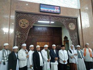 Tokoh dan Ulama Solo Deklarasikan Gerakan Indonesia Shalat Subuh (GISS)
