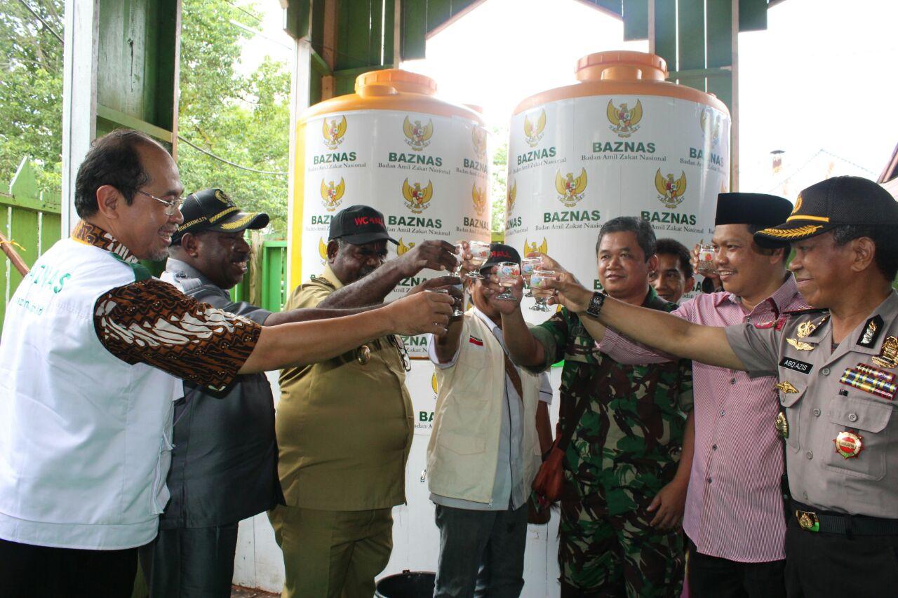 BAZNAS Bangun Instalasi Air Minum untuk Masyarakat Asmat