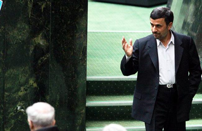 Fitnah Pemimpin Syiah Ali Khomeni, Wakil Mantan Presiden Iran Ditangkap