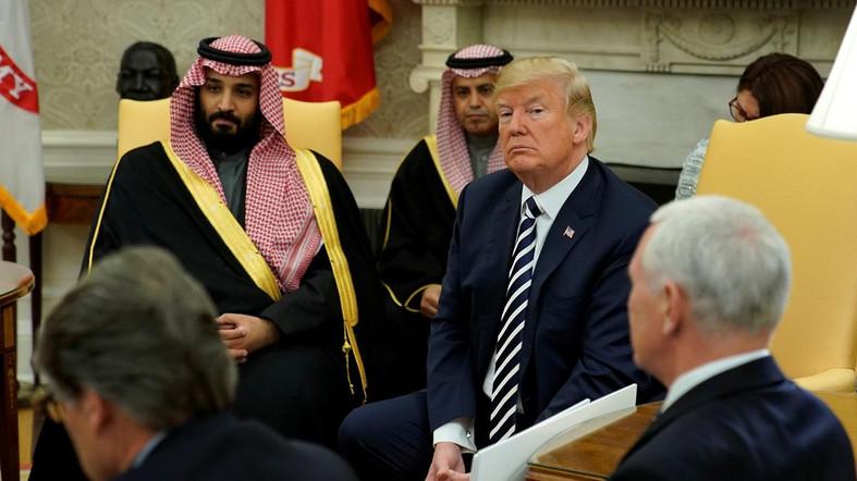 Donald Trump bersama Pangeran Bin Salman