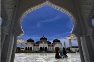 Inovasi Kunci Indonesia Kembangkan Wisata Halal