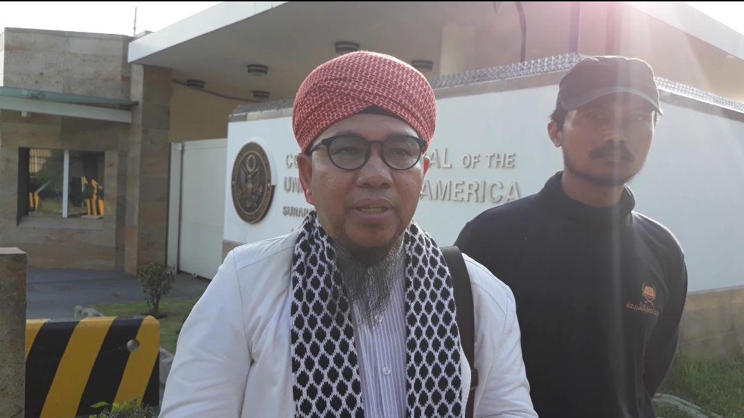 Hina Syariat, GUIB Jatim Akan Laporkan Sukmawati