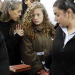 Heboh, Ahed Tamimi Dilecehkan Secara Seksual saat Diinterogasi