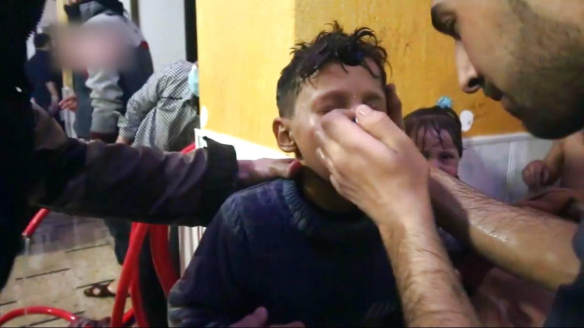 Biadab, Rezim Assad Gunakan Senjata Kimia pada Posisi Jaishul Islam, 70 Warga Mati Lemas