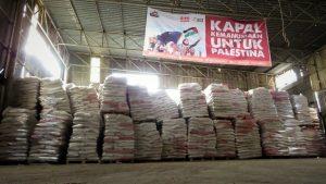 Jelang Ramadan, ACT Salurkan 2.000 Ton Beras Indonesia ke Gaza
