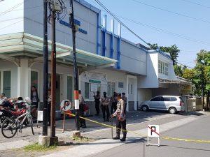 [Breaking News] Ada Ledakan di Gereja Surabaya : 8 Tewas, 38 Terluka