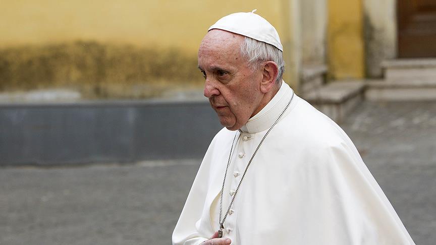 Paus Francis: Menyamakan Islam dengan Terorisme adalah Sebuah Kebohongan dan Kebodohan