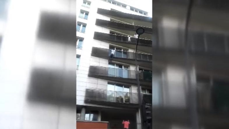 Tolong Bocah Tergantung di Balkon, Pemuda Muslim Mali Dijuluki Spiderman Perancis