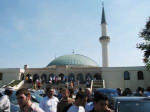 Ferderasi Penduduk Muslim Austria: Wina Ingin Diskreditkan Umat Islam