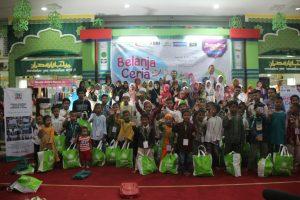 100 Santri Yatim Soloraya Berbelanja Gratis Bersama LKG TPQ