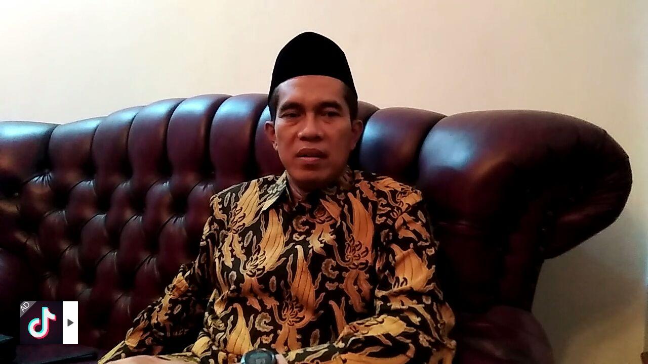 """No HP dan Medsos Mahasiswa Akan Diawasai, Abdul Kharis: """"Pak Menteri Lebay"""""""