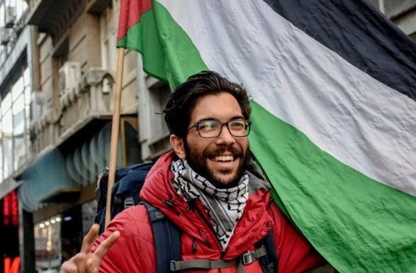Aktivis Pejalan Kaki Swedia ke Palestina Dapat Kewarganegaraan dari Mahmoud Abbas