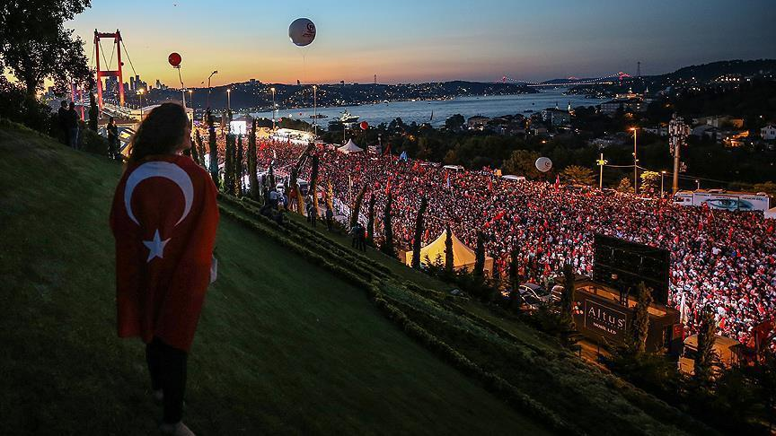 Ratusan Ribu Turun ke Jalan Hadiri Perayaan Kedua Tragedi Kudeta Turki