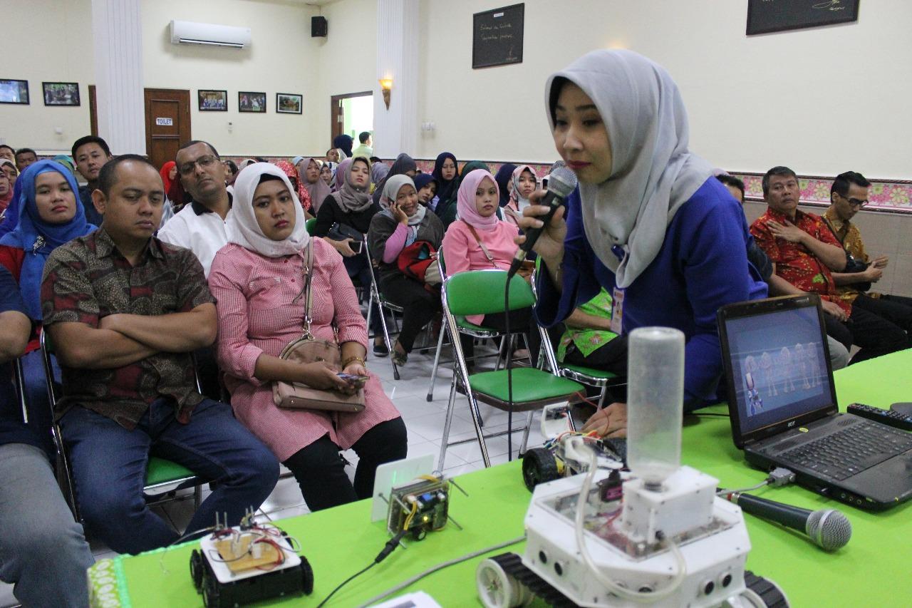 SD Muhammadiyah Ketelan Sosialisasikan Ekstrakurikuler Robotika