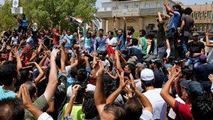 Unjuk Rasa Meluas di Irak, Demonstran Bakar Kantor dan Foto Pemimpin Syiah Iran
