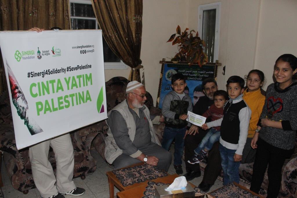 Sinergi Foundation Kembali Salurkan Bantuan untuk Yatim Palestina
