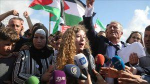 Ahed Tamimi, Ikon Perlawanan Palestina Dibebaskan dari Penjara Israel