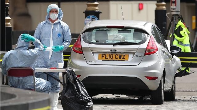 Gedung Parlemen Inggris Dihantam Serangan Mobil