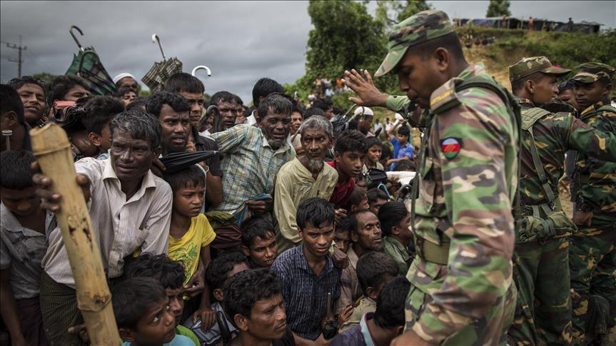 Kembali Alami Kekerasan, 200 Lebih Muslim Rohingya Menunggu Masuk Bangladesh
