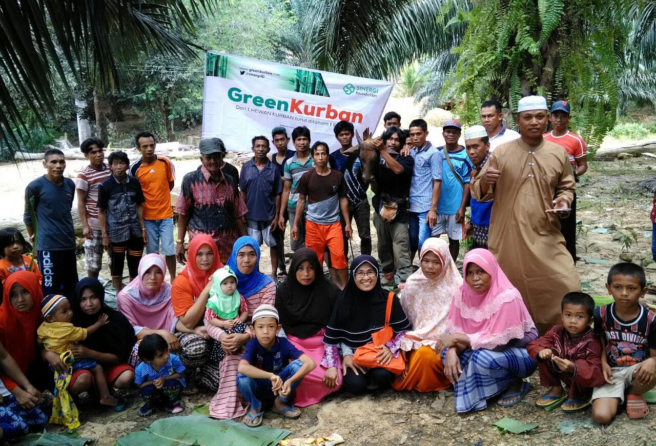 Semarak Green Kurban Ceriakan Warga Pelosok Negeri