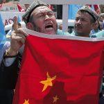 Pemerintah China Paksa Muslim Uighur Mengutuk Islam