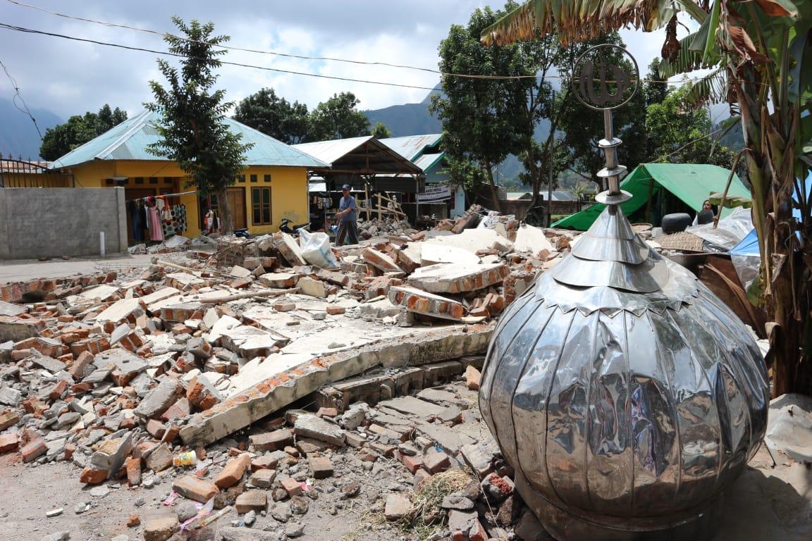 Shalat di Masjid Darurat, Menjaga Taqwa Pasca Gempa