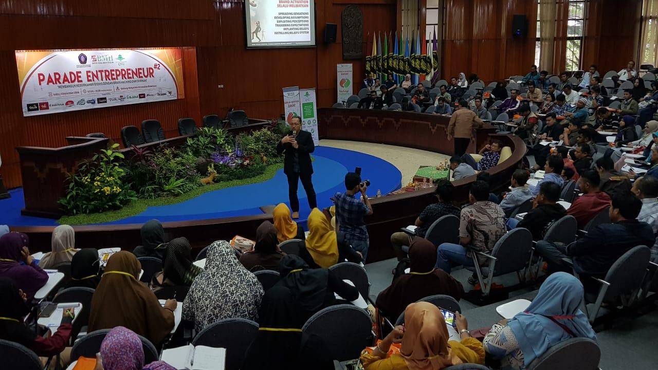 BMH Jatim Gandeng Universitas Brawijaya Malang Gelar Seminar Parade Entrepreneur