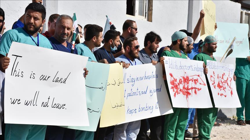 Targetkan Rumah Sakit, Ratusan Dokter di Idlib Protes Serangan Rezim Assad