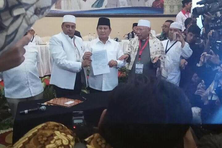 Prabowo Tandatangani 17 Poin Pakta Integritas Hasil Ijtima Ulama II, Begini Isinya