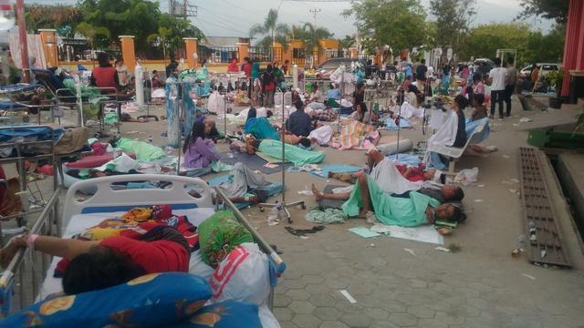 Saksi : Ada Ribuan Warga Palu di Pantai Ketika Tsunami Terjadi