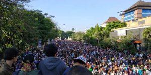 Membludak, Jalan Sehat Umat Islam Soloraya Berjalan Damai dan Tertib