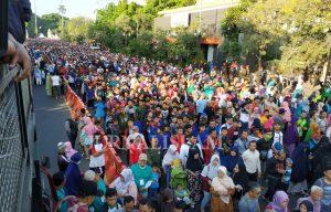 100 Ribu Orang Ikuti Jalan Sehat Umat Islam, Mustofa Nahra: Kebangkitan Islam Dimulai dari Solo