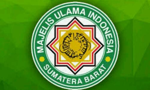MUI Sumbar Nilai Ada Framing Negatif Soal Jilbab di Padang