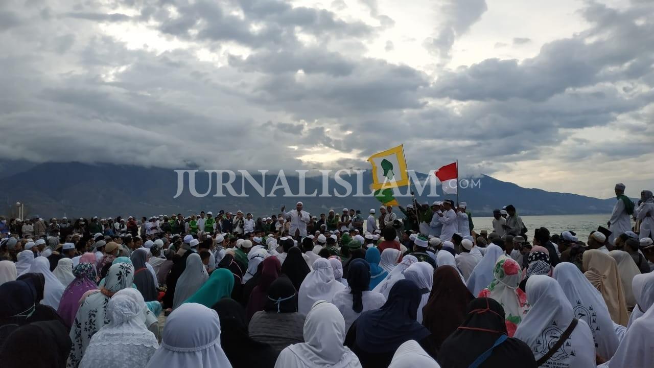 Resolusi Wisata Pantai Talise Palu Menurut Imam Besar Fpi Sulteng Jurnal Islam