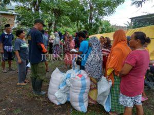 Minim Bantuan Pemerintah, Yanmas Bagikan Paket Sembako di Wilayah Sigi