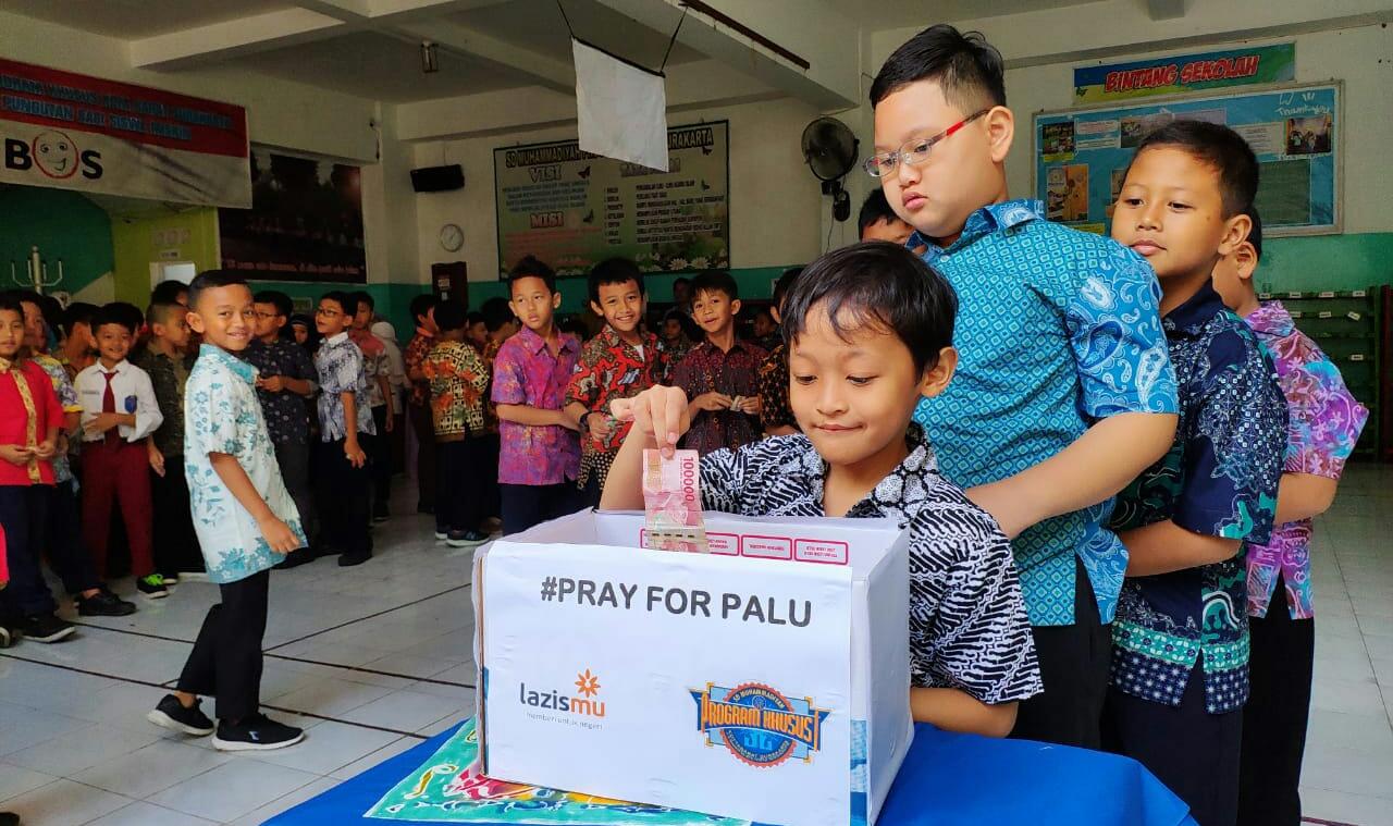 Ketika Anak SD Peringati Hari Batik Untuk Musibah Gempa dan Tsunami Sulawesi