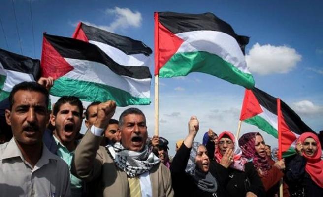 Tentara Zionis Tingkatkan Serangan terhadap Aksi Protes di Gaza