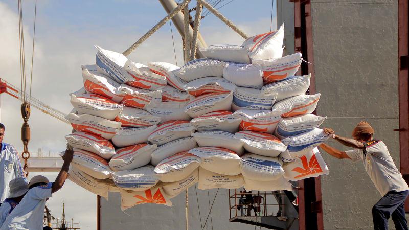 Mempertanyakan Korelasi Kebijakan Impor dengan KUR Pertanian