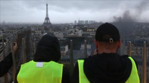 Kerusuhan Meningkat, Perancis Tunda Rencana Kenaikan Harga BBM